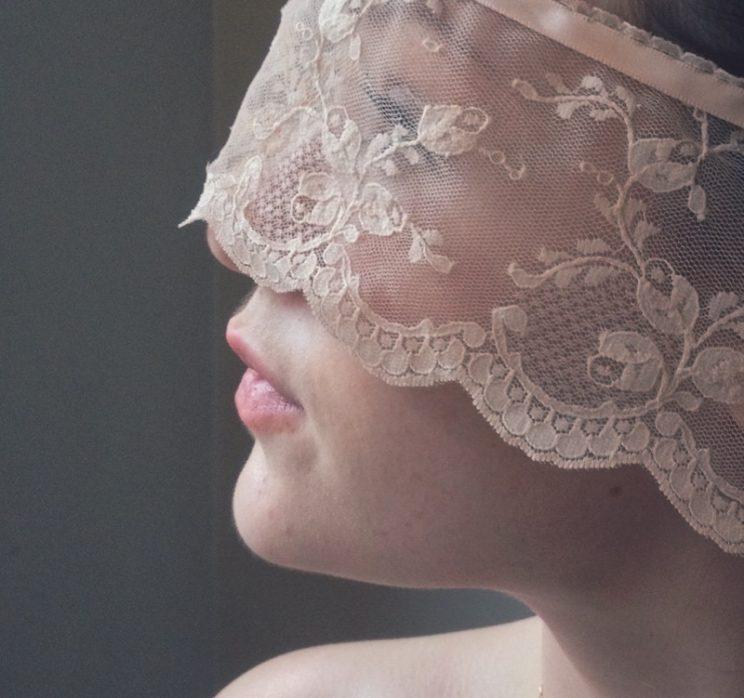 Soft Peach lace Wedding / bridal veil handmade